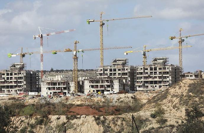 Yahudi yerleşimciler yeni yerleşim alanları oluşturmaya çalışıyor