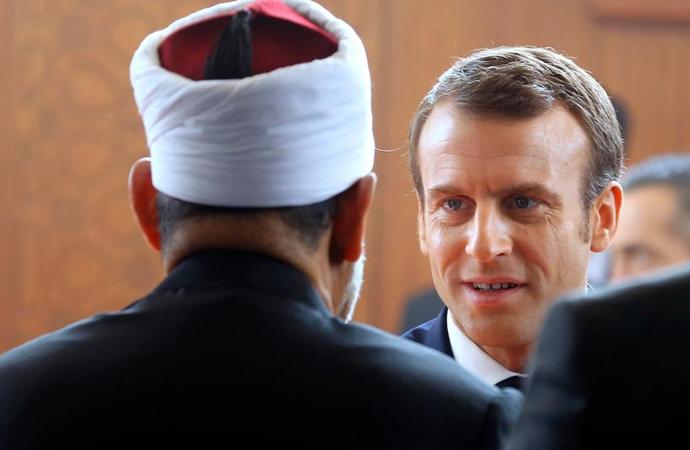 """Fransa'da """"İslamcı Ayrımcılıkla Mücadele"""" tasarısı tamamlandı"""