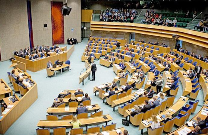Hollanda'da Ülkü Ocakları'na karşı ortak önerge