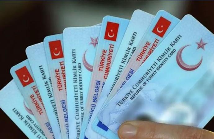 Taşınmaz satışı ile 3 yılda 7 bin kişi Türk vatandaşlığına geçti
