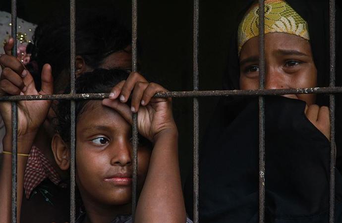 Bangladeş'e 'Arakanlıları adaya yerleştirme planından vazgeç' çağrısı