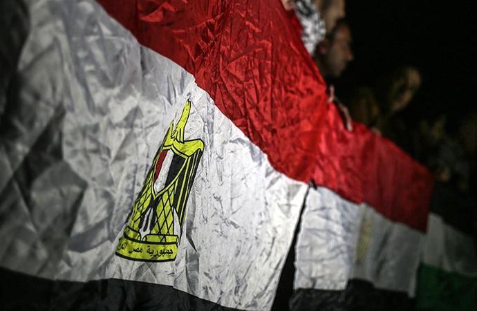 Mısır, İhvan'ı yeniden terör listesine ekledi