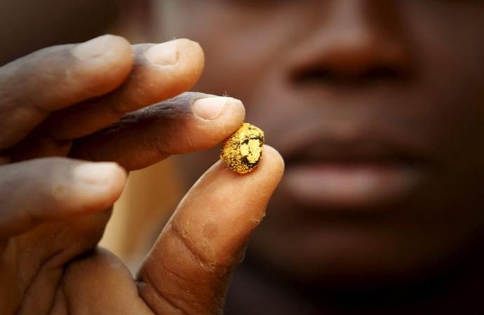 Zimbabve'nin her yıl 1,5 milyar dolar değerinde altını kaçırılıyor