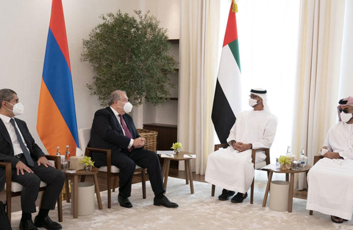 Ermenistan Cumhurbaşkanı Sarkisyan, BAE'de Muhammed bin Zayed'le görüştü