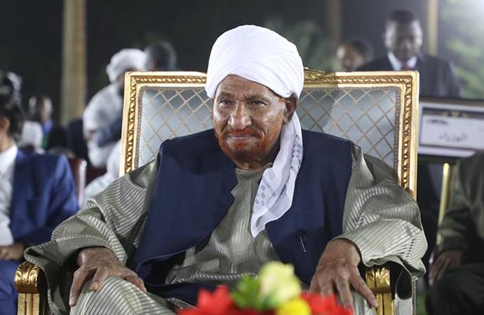 el-Mehdi'nin vefatı nedeniyle Sudan'da 3 gün yas ilan edildi