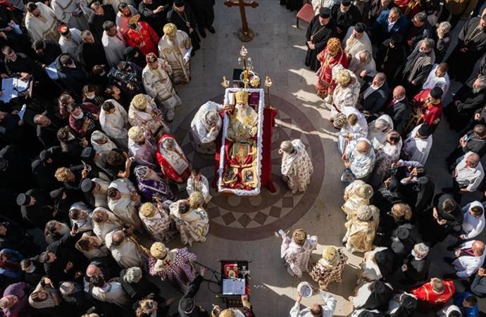 Sırp Ortodoks Kilisesi salgında önemli liderlerini kaybetti