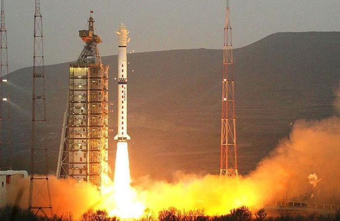 İspanyol uydusu 8'inci dakikada uzayda kayboldu