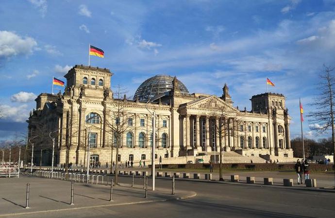 Almanya, ülkücü dernekler için 'inceleme' istedi