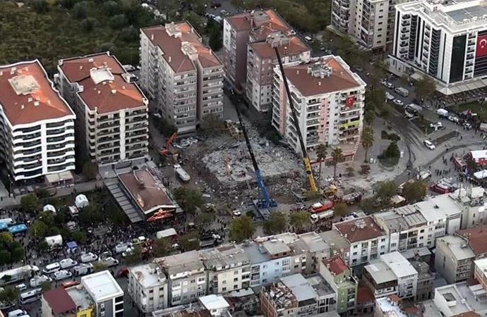 İzmir'de deprem bölgesi havadan görüntülendi