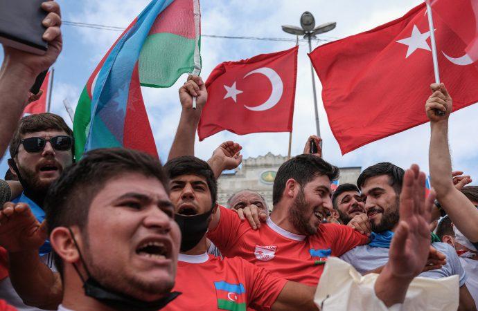 Financial Times: Türkiye, Rusya'nın arka bahçesinde
