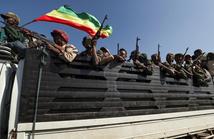 Etiyopya iç savaşın eşiğinde