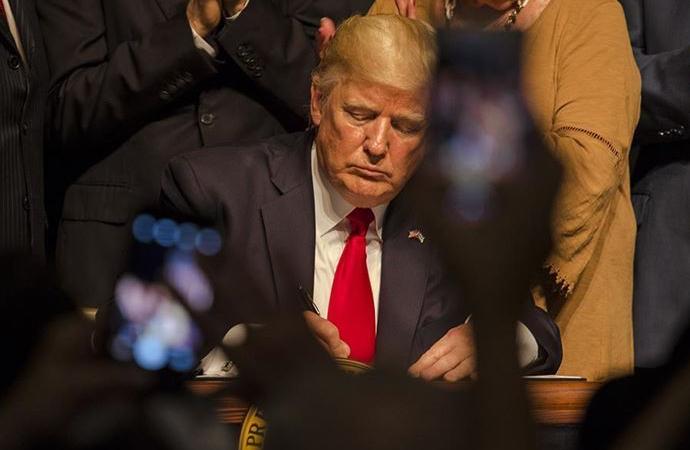 Başkanlığı halen devam eden Trump'tan yeni kararname