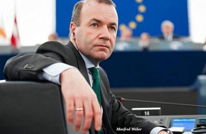 """Avrupa'da """"siyasal İslam'a yasak"""" tartışması"""