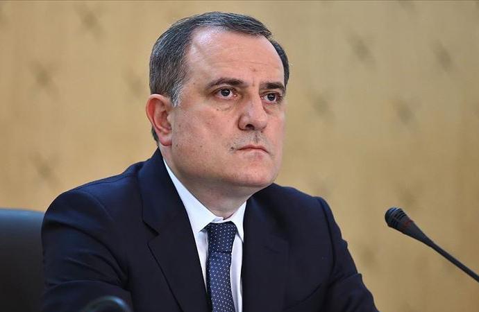Twitter, Azerbaycan Dışişleri Bakanının hesabını kapattı