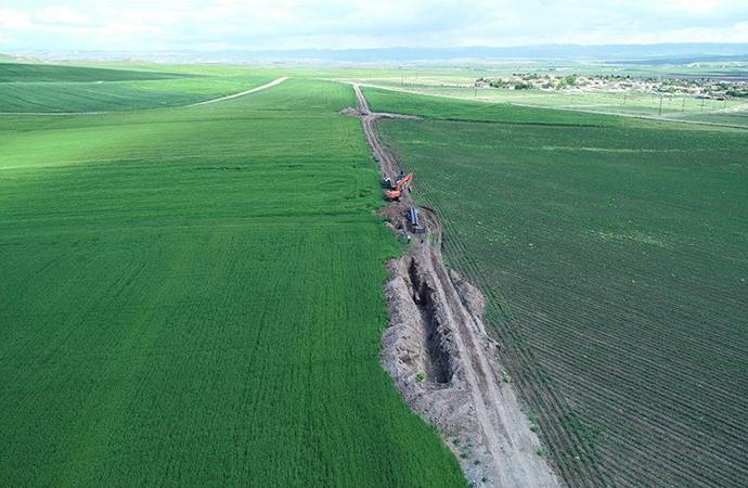 Diyarbakır ve Batman'da 30 bin dekar tarım arazisi su getirildi