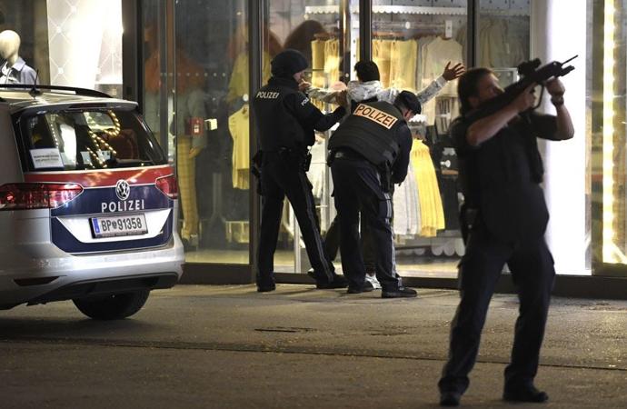 Viyana'daki saldırılar hakkında neler biliniyor?