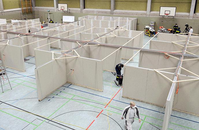 Almanya'da yüzlerce aşı merkezi kuruluyor