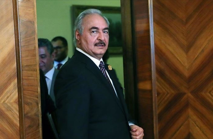 Hafter, Mısırlı yetkililerle görüşmek üzere Kahire'yi ziyaret etti