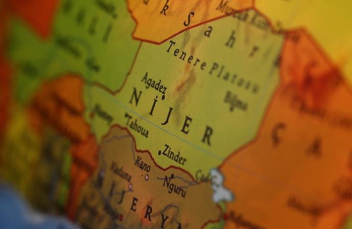 Nijer'de 28 kişinin öldürüldüğü terör saldırısının ardından 3 günlük yas