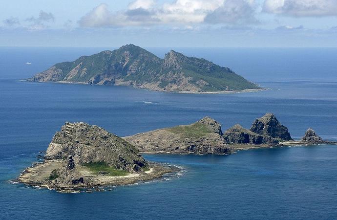 Japon ve Çinli bakanlar ihtilaflı ada ve kayalıkları görüştüler