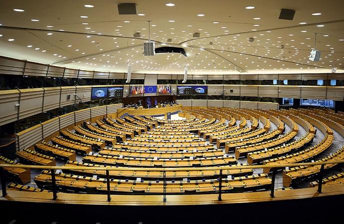 Avrupa Birliği'nin 2021-2027 yılı bütçesi onaylandı