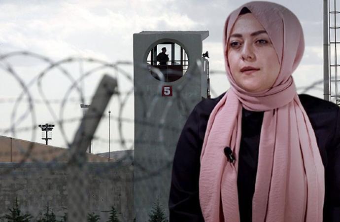 Ün'den 'çıplak arama' iddiaları sonrası hükümete sessizlik tepkisi