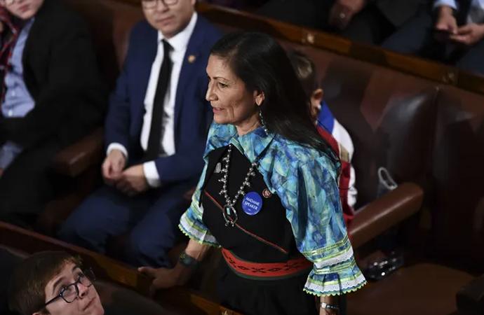ABD'de ilk kez bir 'Yerli' bakanlık görevine atanacak