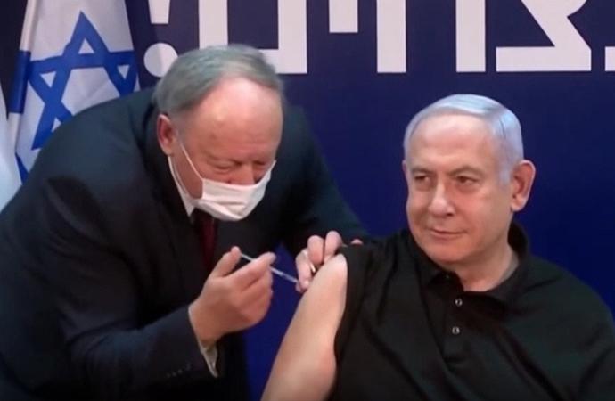 Pfizer aşısı İsrail'de canlı yayında Netanyahu'ya yapıldı