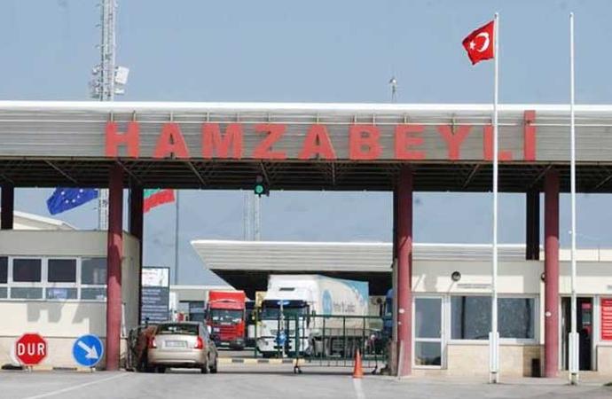 Eski Brüksel Büyükelçiliği Basın Müşavirinin sınırda eroinle yakalandığı iddia edildi