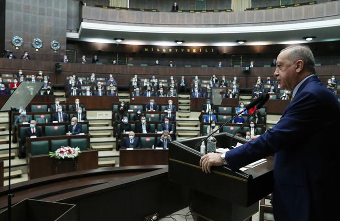 Erdoğan: Dini sembollerimize sataşılmasını art niyetli buluyoruz