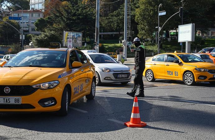 İstanbul Taksiciler Esnaf Odası: 'Uber geri dönüyor' açıklamaları doğru değil
