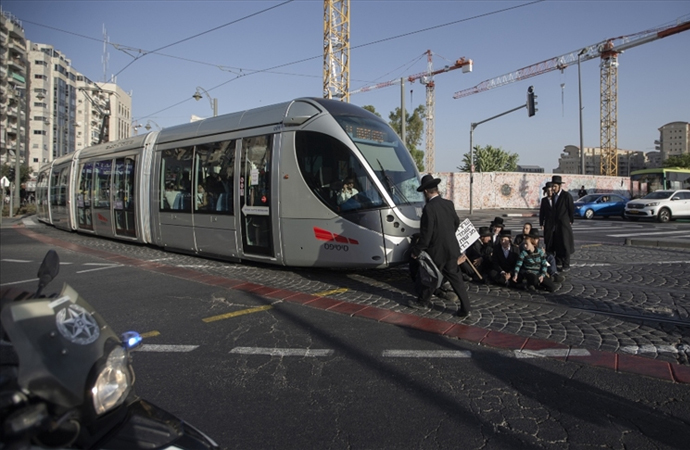 Hamas, İsrail'in tramvay ve metro projesini 'yeni bir sömürge projesi' olarak tanımladı