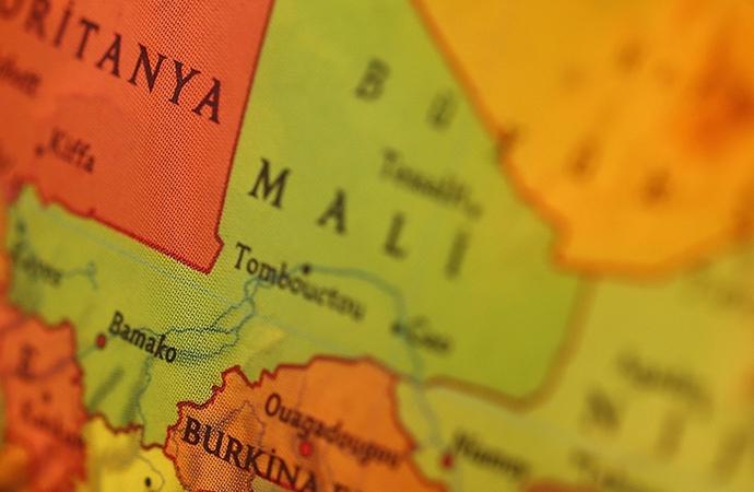 Mali ordusu: Fransız uçakları sivilleri hedef almadı
