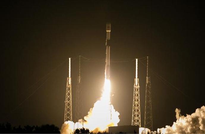 TÜRKSAT 5A uydusu ABD'den uzaya fırlatıldı
