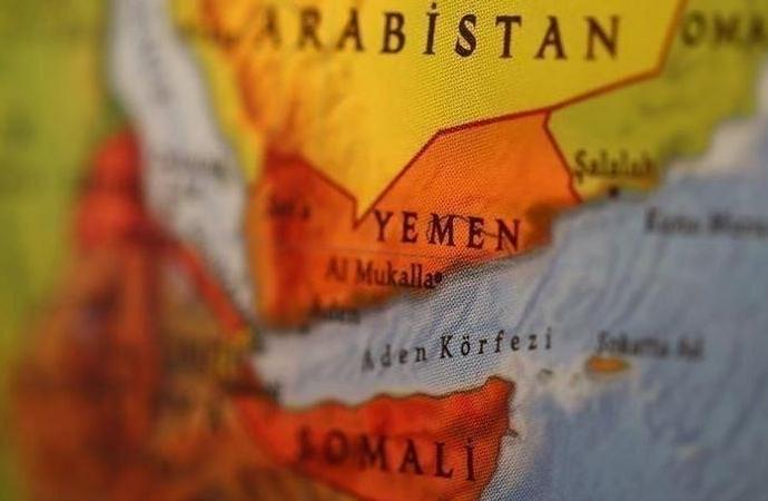 Husiler: Koalisyon güçlerinin alıkoyduğu gemiler ekonomiye 10 milyar dolar zarar verdi