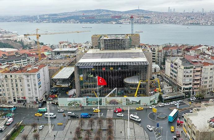 Atatürk Kültür Merkezi inşaatı devam ediyor