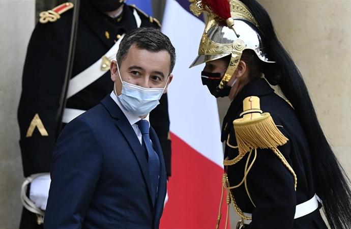 Le Figaro: Kapatılan cami sayısı bakanı tatmin etmedi
