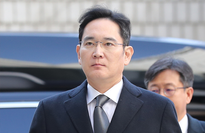 Samsung başkan yardımcısına hapis cezası