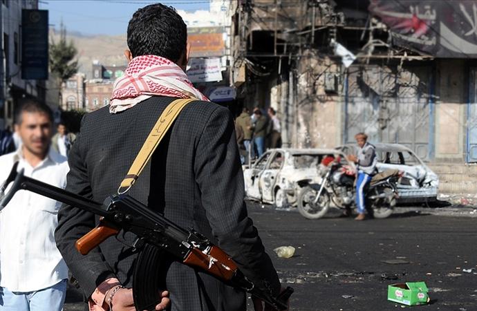 Yemen ordusu: Husilerin Hudeyde'deki ikinci üst düzey komutanı öldürüldü