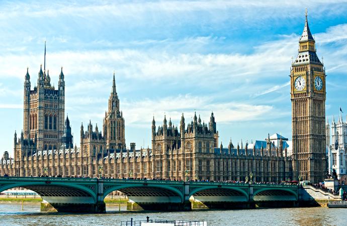 İngiltere'de salgın nedeniyle 9 milyon kişi borçlandı