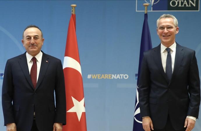Çavuşoğlu, NATO karargahında Stoltenberg ile görüştü
