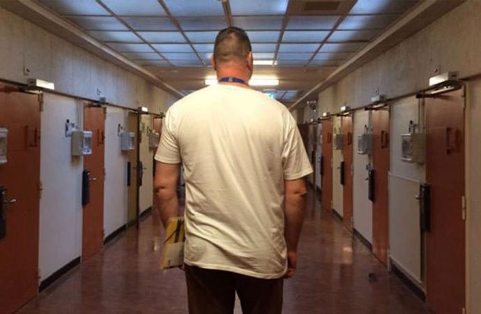 Hollanda kralı, 6 kişinin katili Türk mahkumu affetti