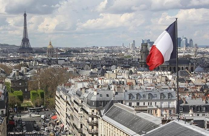 Fransızlar gıda stoklamaya başladı