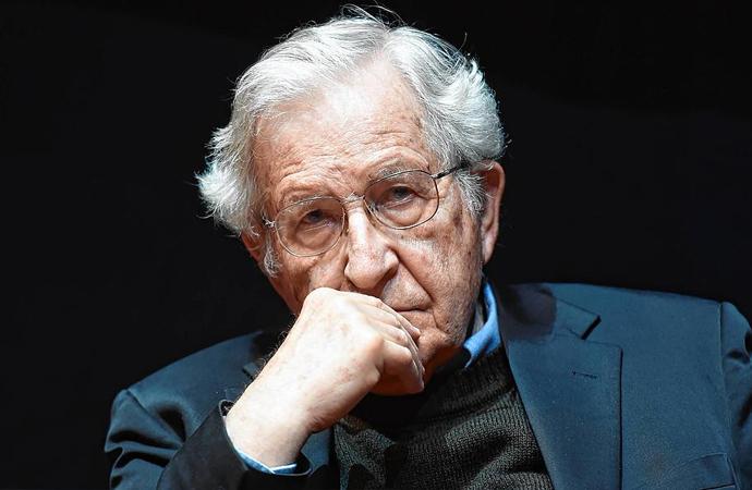 Chomsky: Amerikan entelektüellerine ABD'nin bir terör devleti olduğunu kabul ettiremezsiniz