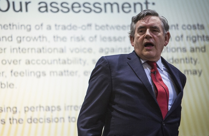 """İngiltere eski başbakanı """"bölünme"""" tehlikesinden söz etti"""