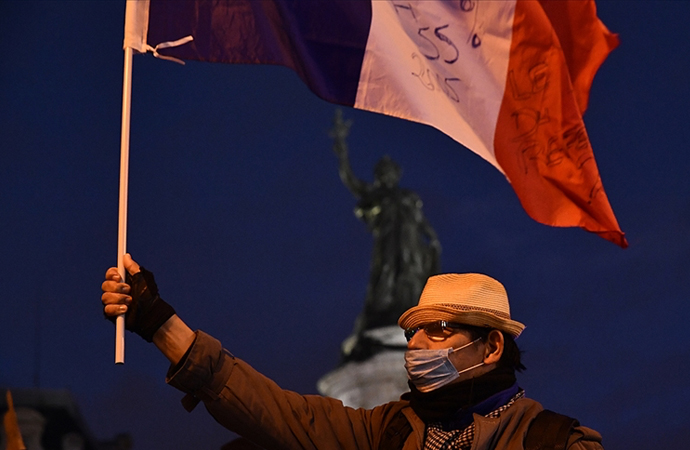 Fransa'da İslam karşıtı saldırılarda büyük artış