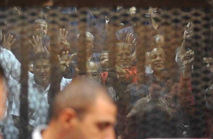 Mısır'da binlerce kişi yıllardır hapiste tutuluyor