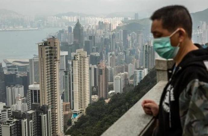 İngiltere ile Çin arasında Hong Kong çekişmesi