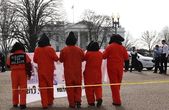 Biden'a 'Guantanamo'yu kapat' çağrısı