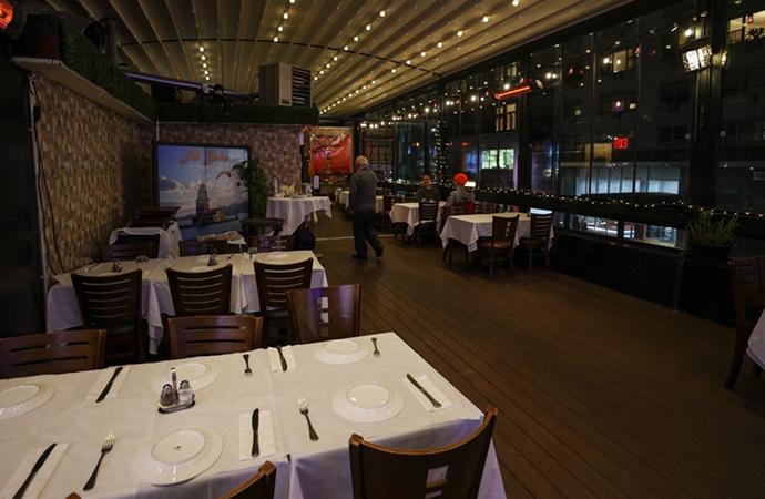 New York'ta restoranlar 14 Şubat'ta kısmi hizmete başlayacak